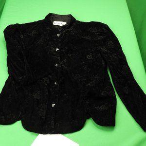 Vintage 80's Embossed Black Velvet Short Jacket